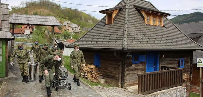 Российский конвой военных медиков не впустили в Боснию и Герцоговину: что известно
