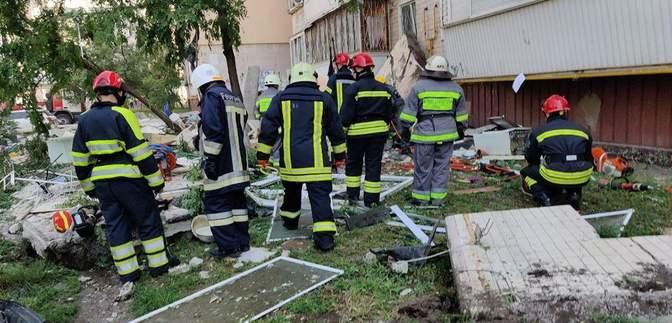 Все было в кусках бетона, звал папу, а тот не отзывался, – житель дома на Позняках о взрыве