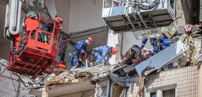 Очень воняло газом: эксклюзивный комментарий жительницы дома на Позняках, где произошел взрыв