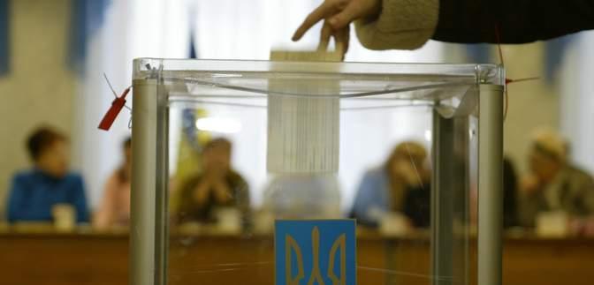 """Місцеві вибори в Україні """"не можна нічим зупинити, крім надзвичайного стану"""", – Корнієнко"""