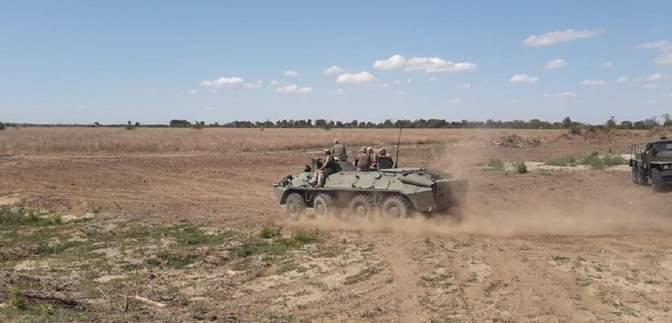 СБУ тренувалася відбивати диверсійні атаки на кордоні з Кримом: фото