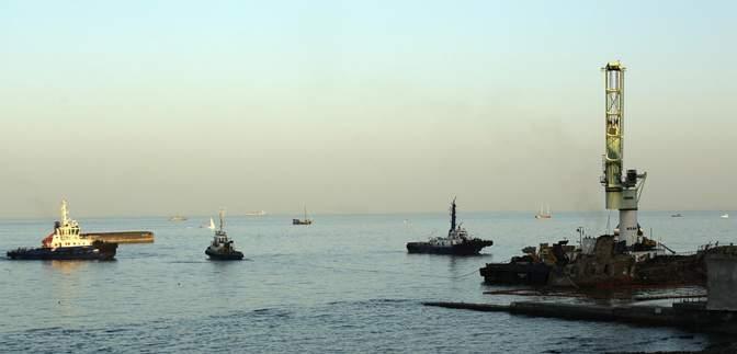 Фінальна стадія: танкер Delfi в Одесі знову не підняли