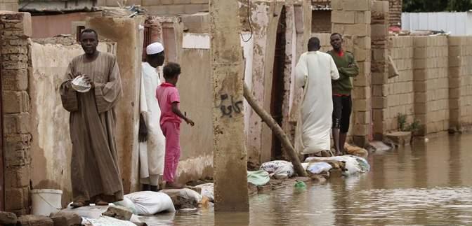 Внаслідок повені в Судані запровадили надзвичайний стан: вражаючі фото та відео