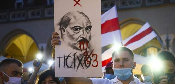Лукашенко едва не убил мать своего сына Коли: неизвестная ранее история о жестокости диктатора