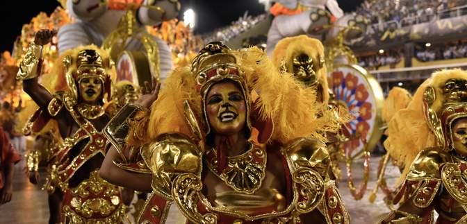 COVID-19 замість карнавалу: у Ріо-де-Жанейро переносять головну подію року