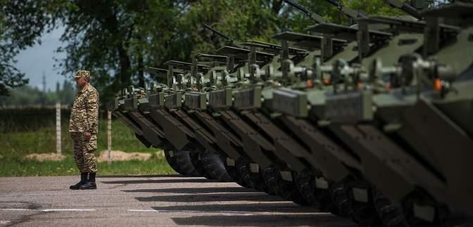 """Россия ввела свою военную базу в Кыргызстане в режим """"противодействия терроризму"""""""