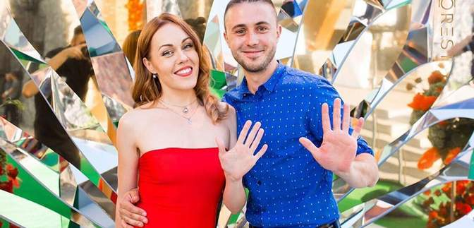 Тарас Тополя и Alyosha празднуют 10 годовщину отношений: романтические фото