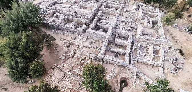 На Криті знайшли стародавній палац зі скарбами