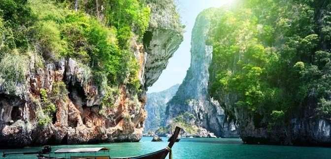 Впервые за 7 месяцев Таиланд начал принимать туристов: какие условия