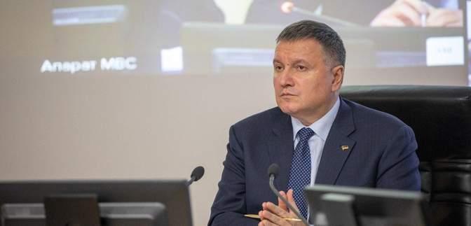 Опрос вне избирательного участка не нарушает закон Украины, – Аваков