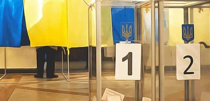В крови 2,8 промилле: на Хмельнитчине глава избирательной комиссии пришел на работу пьяным