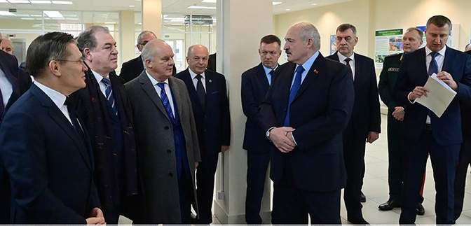 Лукашенко неочікувано захотів дружити з Литвою та Польщею