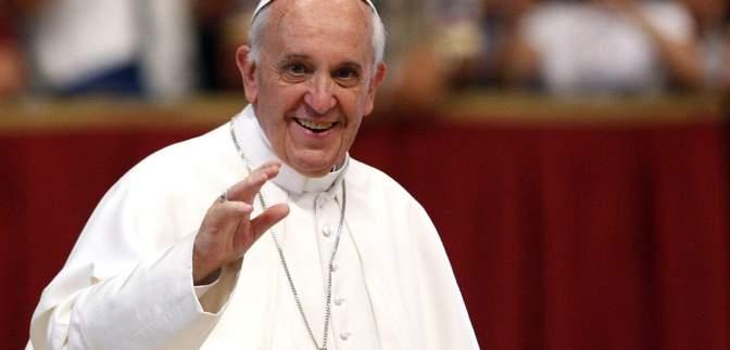 """Папа Римський закликав молитися, щоб штучний інтелект """"завжди служив людству"""""""