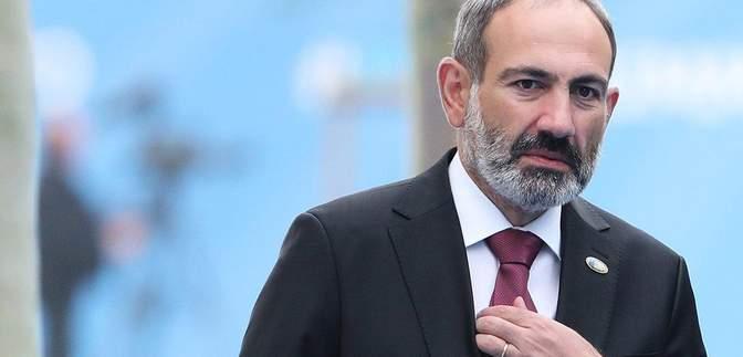 Вирішити питання тих, хто скиглить під стінами: Пашинян покликав військових до столиці