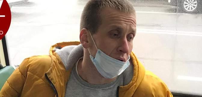 """В Киеве копы задержали подозрительного водителя маршрутки: вероятно, он был под """"кайфом"""""""