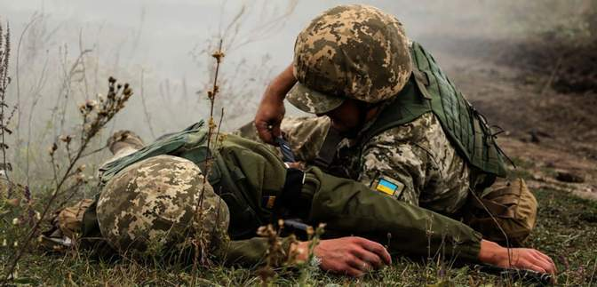 Скільки українських військових загинули і отримали поранення за час перемир'я