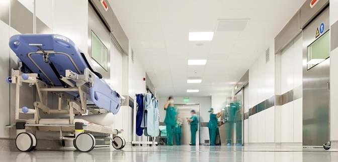 Місць немає: куди розвозитимуть хворих на COVID-19 з обласних лікарень