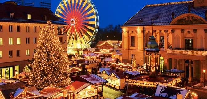 Вперше за 10 років: у Німеччині заборонили різдвяні ярмарки, однак створили свято водіям