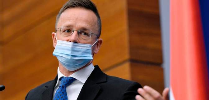 Это неприемлемо в 21 веке, – глава МИД Венгрии доложил НАТО о ситуации на Закарпатье