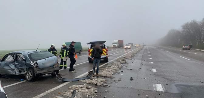 На трассе Киев – Одесса произошла авария: есть погибшие – фото