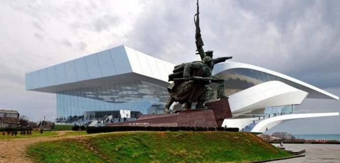 Австрійцям, які будували театр в окупованому Криму, заборонять в'їзд до України