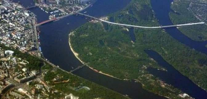 На Трухановом острове хотят построить водный стадион: как на идею реагируют киевляне