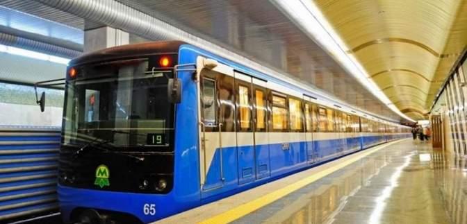 У Київському метро порахували, скільки пасажирів зустріли Новий рік у підземці