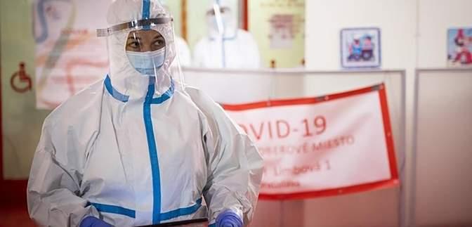 Известная теннисистка стала волонтеркой в больнице из-за скандала при вакцинации от коронавируса