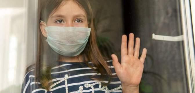 В Бердянске мама почти полгода не пускала ребенка в школу из-за страха заразиться коронавирусом