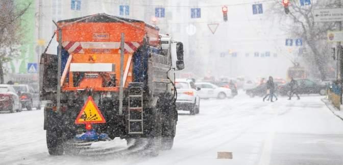 Через сніг та ожеледицю: Київ 29 січня стоїть у заторах – онлайн-карта