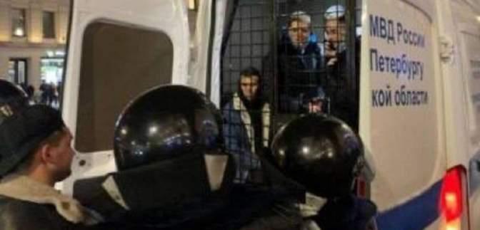 Маразм зашкалює: німого росіянина оштрафували за скандування лозунгів на протестах