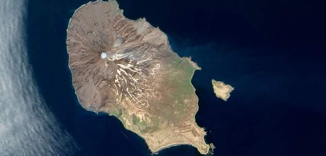 После землетрясения в Японии на Курилах проснулся вулкан: есть ли опасность для людей