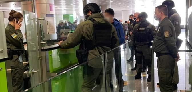 Вбивство в Гідропарку: Туреччина екстрадувала фігуранта справи, поліція затримала його