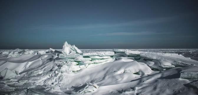 Бердянский залив вдруг превратился в Арктику: невероятные фото