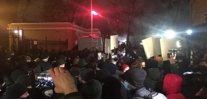 Протести на підтримку Стерненка: у Києві почалися перші сутички – фото, відео