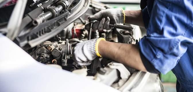 Замінити шини і оглянути двигун: корисні поради, як підготувати автомобіль до весни