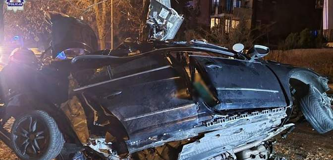 Авто понівечено вщент: у жахливій ДТП на сході Польщі загинули українці – фото