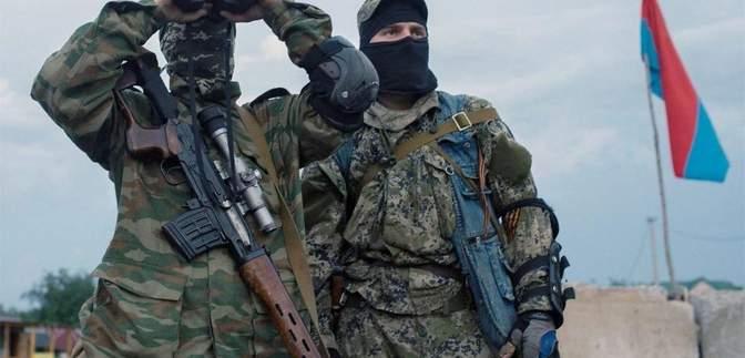 Росія перекидає снайперів на Донбас: у розвідці пояснили, скільки їх