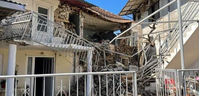 Грецию всколыхнуло мощное землетрясение: фото и видео последствий стихии