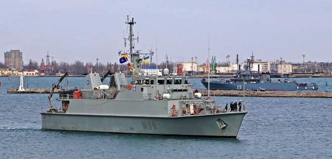 Кораблі НАТО вперше у 2021 році зайшли в порт Одеси: захопливі фото