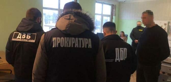 На Львівщині на хабарі затримали директора комунального підприємства: фото