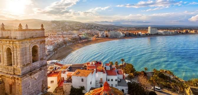 Іспанія відкриє кордони навесні: як країна планує зустріти туристів
