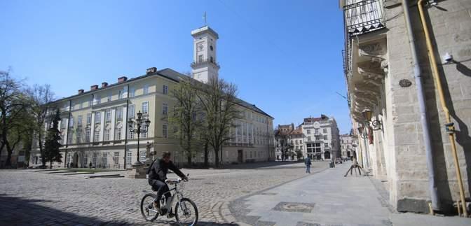 На выходные на Львовщине будет солнечно: приближается весеннее потепление