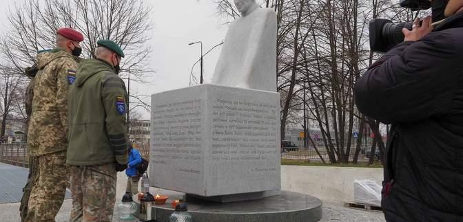 У Польщі відкрили пам'ятник українському священнику Омеляну Ковчу