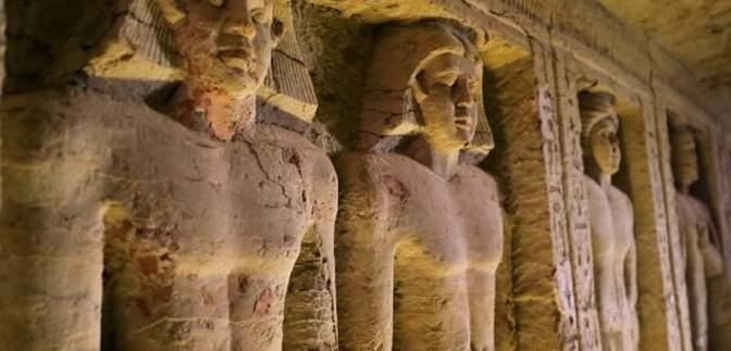 """Усе через """"прокляття фараона"""": єгиптяни пояснили аварію в Суецькому каналі"""
