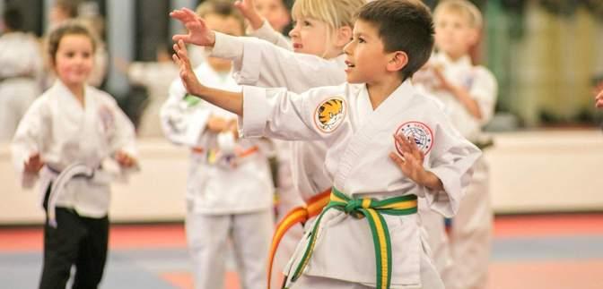 Спонукають до насильства чи самозахисту: як на дитину впливають бойові мистецтва