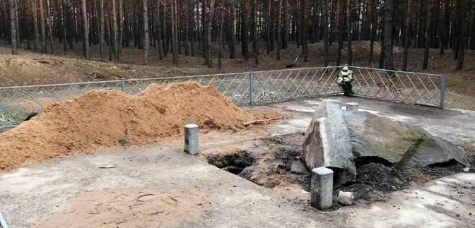 На Полтавщине неизвестные повредили мемориальный комплекс Хану Кубрату