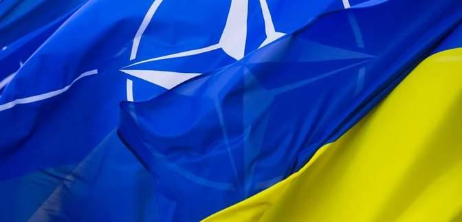 Україна ініціювала термінові консультації з НАТО: Кулеба зустрінеться зі Столтенбергом