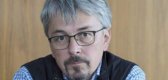 """Немає такої дефініції, – міністр інформполітики про """"українську російську мову"""""""