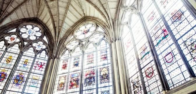 Вестминстерское аббатство и Каннский дворец: достопримечательности, что стали местами вакцинации
